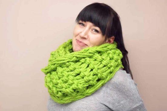 videonávod na ručně pletenou šálu