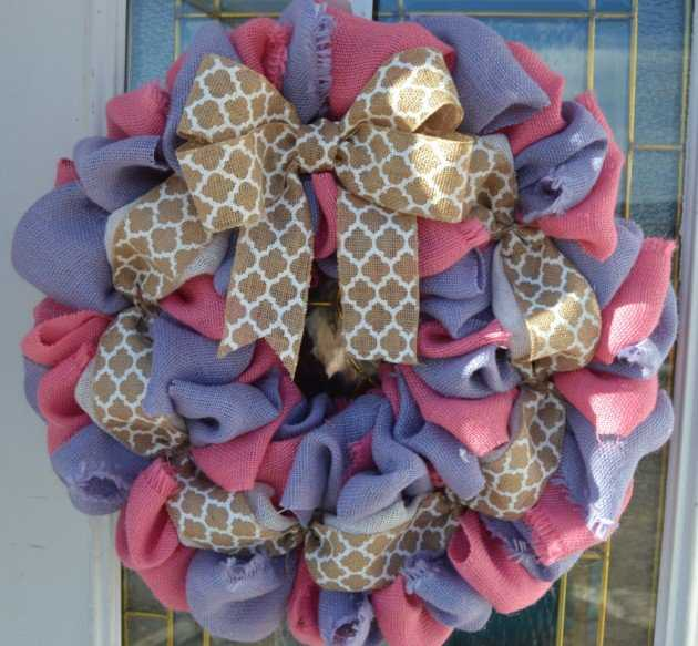 16-welcoming-handmade-easter-wreath-ideas-you-can-diy-to-decorate-your-entry-11-630x583