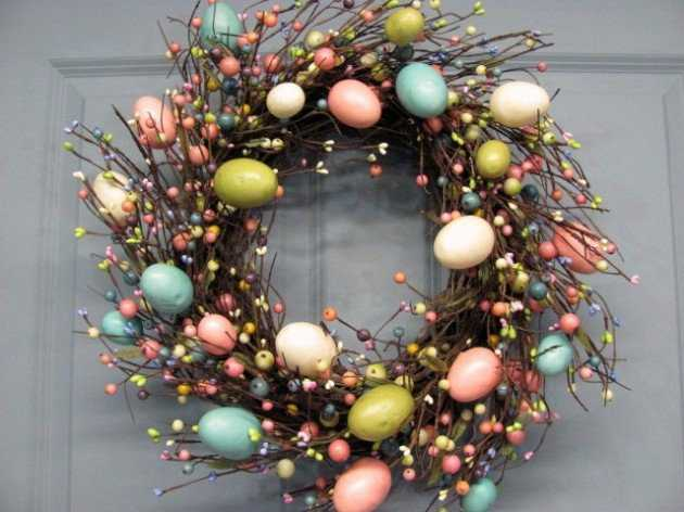 16-welcoming-handmade-easter-wreath-ideas-you-can-diy-to-decorate-your-entry-5-630x472