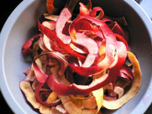apple-peels-934x