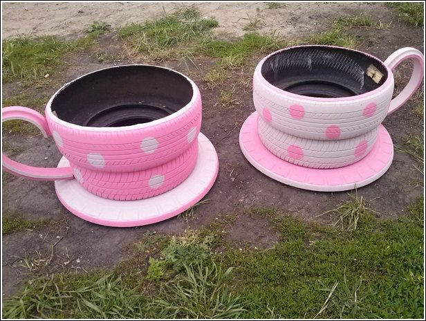 teacup-tire-seats