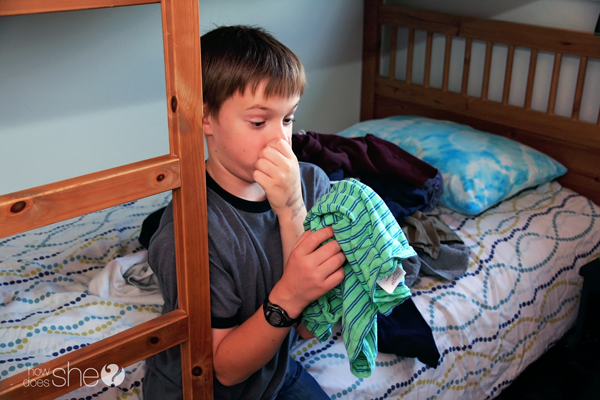 Teach-Your-Child-How-to-Clean-ANY-Bedroom-in-Ten-Minutes-Without-Using-a-Blowtorch-5