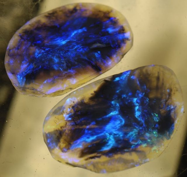 amazing-stones-minerals-26__700