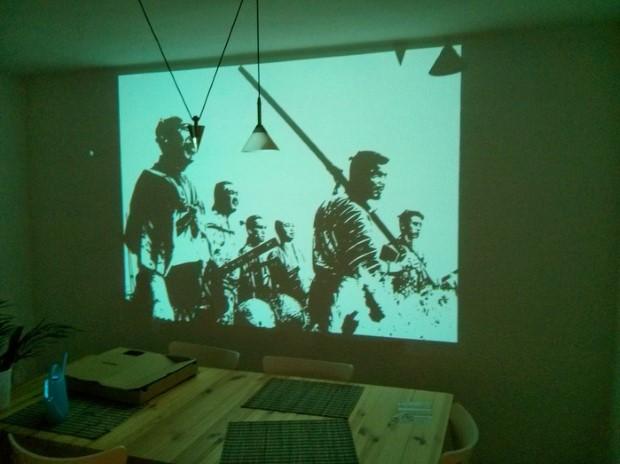 malba-na-stenu-cez-projektor-6