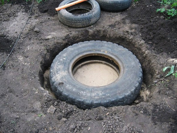 recycled-tires-pond02