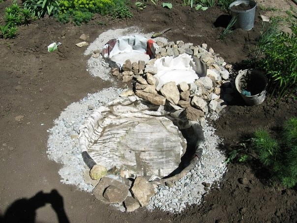 recycled-tires-pond06