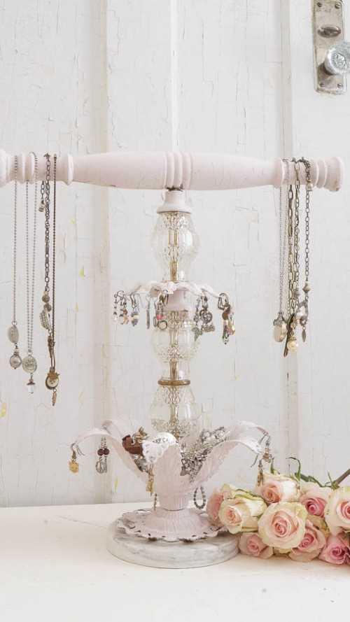 11 věšáčků na šperky, které vás okouzlí_5