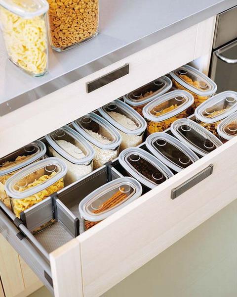 nápady na organizaci zásuvek v kuchyni (12)