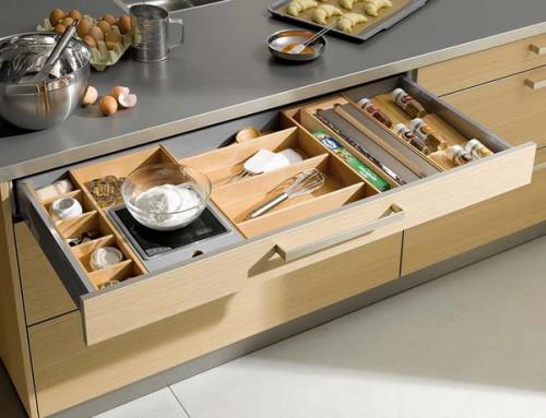 nápady na organizaci zásuvek v kuchyni (4)
