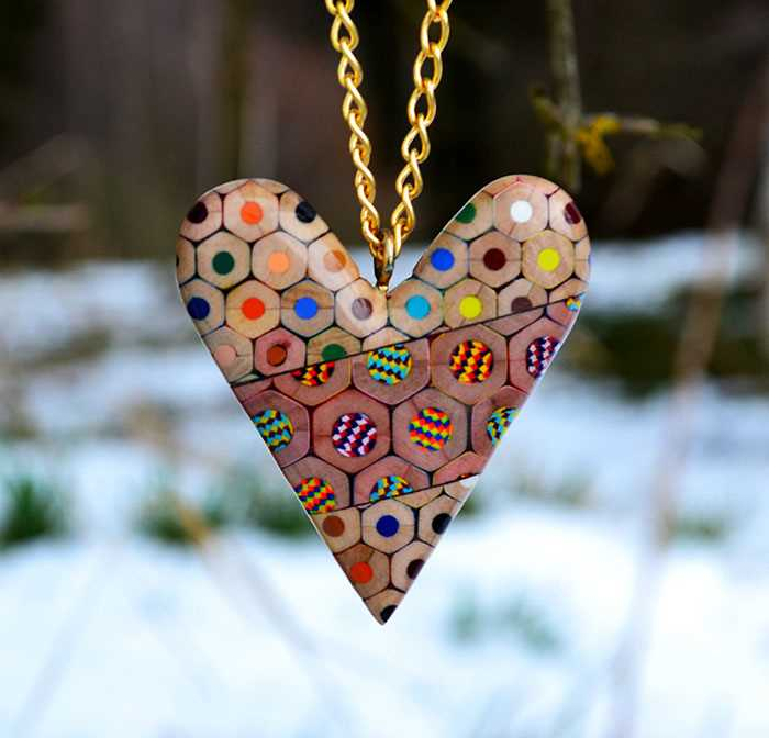 Inspirace - krásné šperky z pastelek od české umělkyně (9)