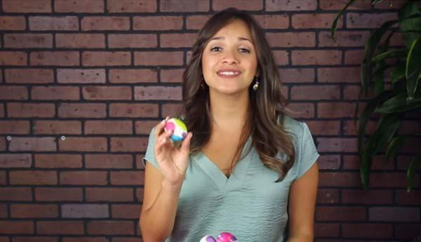 jak nabarvit velikonoční vajíčka pomocí ubrousku