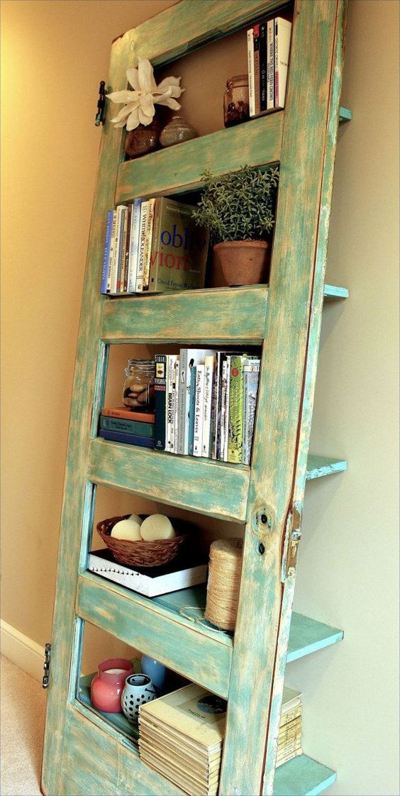 DIY-Bookshelf-Ideas-Colorful-Arrangement