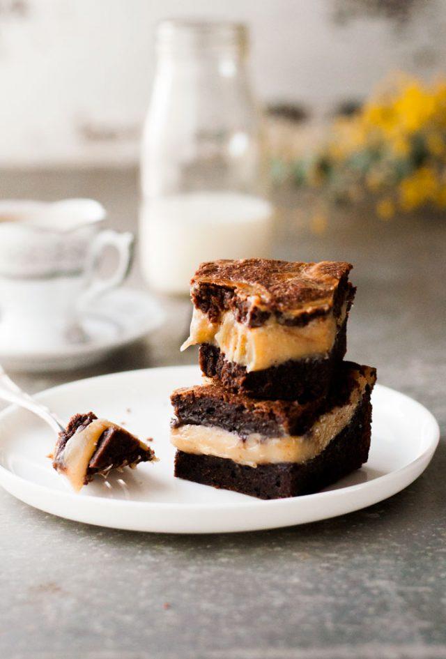 Salted-Caramel-Swirl-Brownies_680px_1