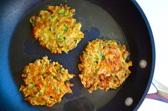 cook-vegetable-fritters