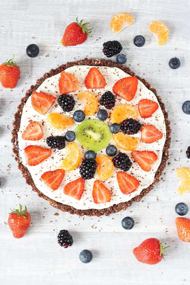 Healthy-No-Bake-Fruit-Pizza_002
