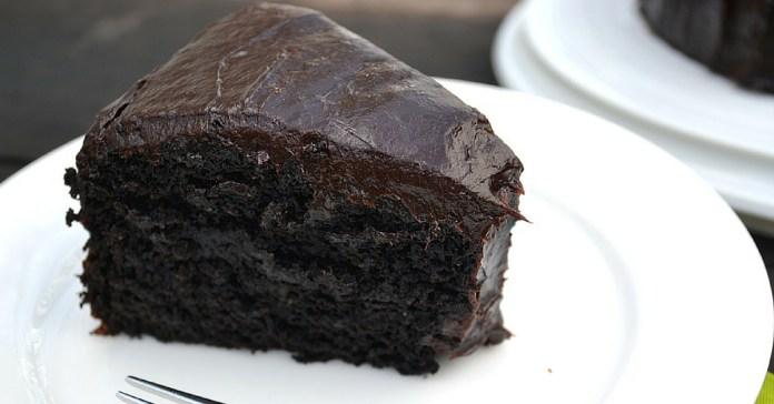 Recept-na-čokoládový-dort-z-avokáda