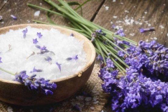 Domácí levandulová sůl do koupele
