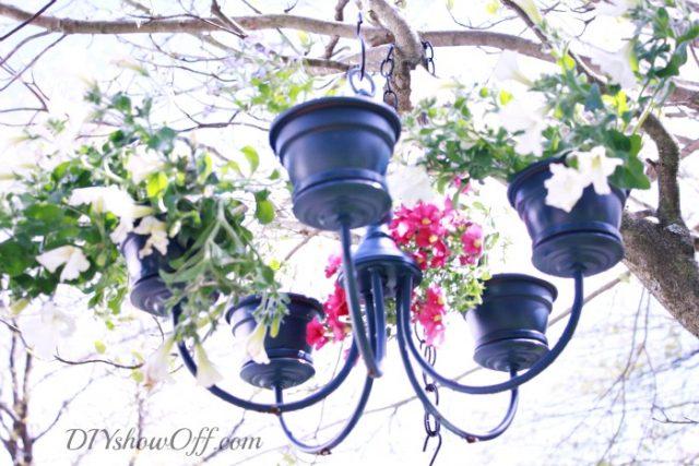 navy-chandelier