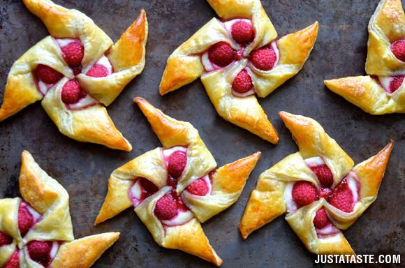 raspberry-cheese-pastries-recipe