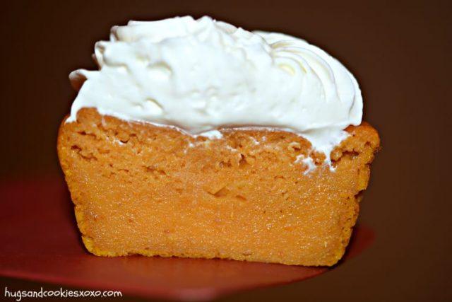 pumpkin-pie-cupcakes-cream-cheese-frosting