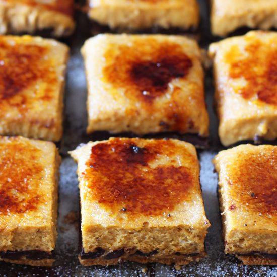 Creme-Brule-Pumpkin-Chocolate-Cheesecake-Bars-Square-550x550