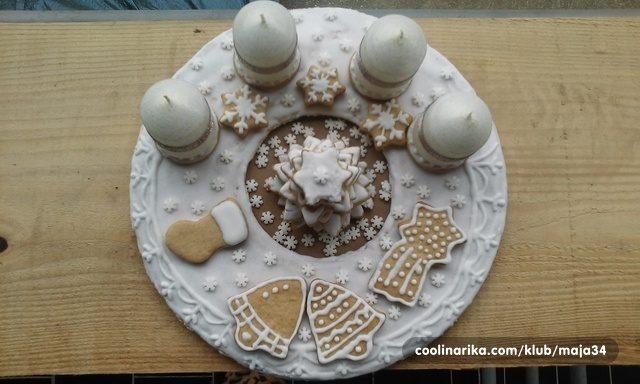 adventski-vijenac-od-medenjaka-by-tamarichka-1ca89cb1ef211cd755316846ffde2385_view_l