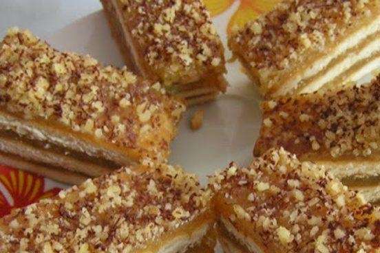 recept-na-jablecne-rezy-s-orechy-a-cokoladou
