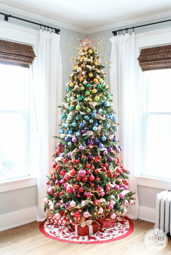 colorful-christmas-tree-600